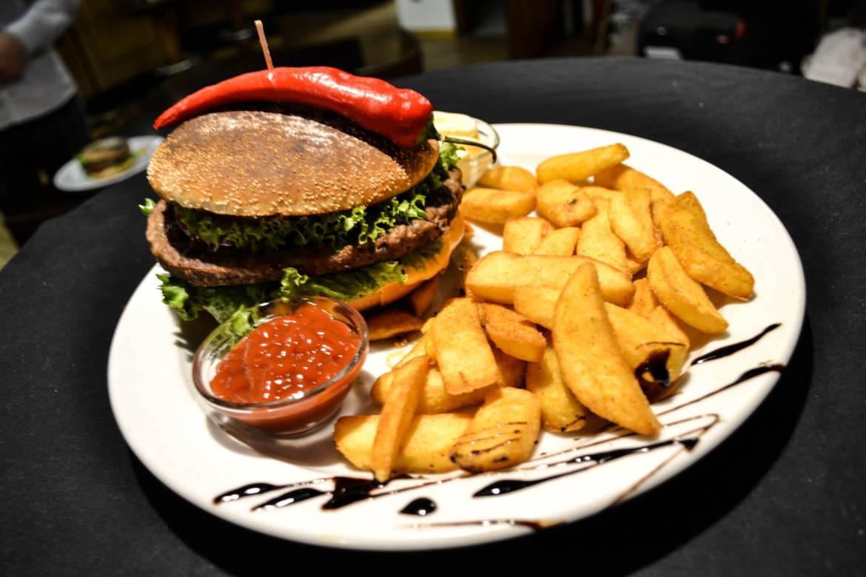 20160918-Cheeseburger.jpg